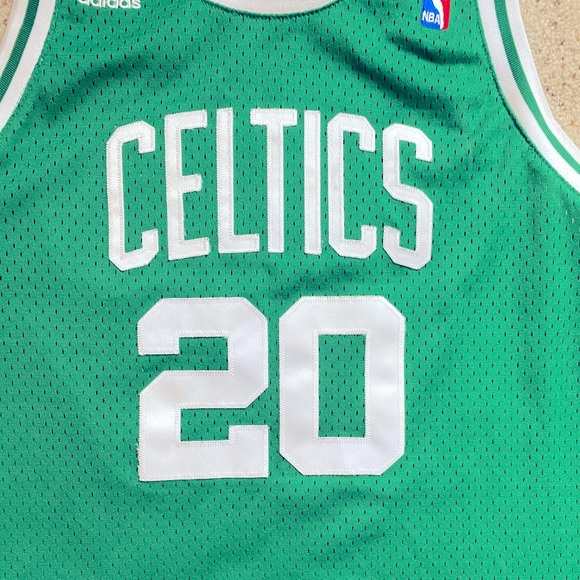 ray allen celtics jersey